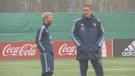 Tuyen Argentina gap bao du luan ve chuyen 'phe canh cua Messi' - Anh 1