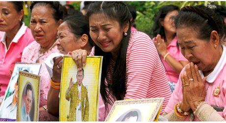 Facebook tat toan bo quang cao tai Thai Lan trong thoi gian quoc tang - Anh 1