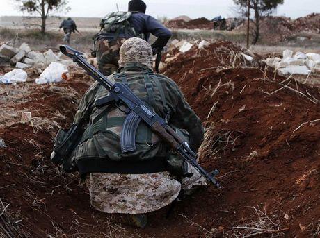 Mat tran Al-Nusra ep tre em chien dau de pha vong vay tai Aleppo - Anh 1