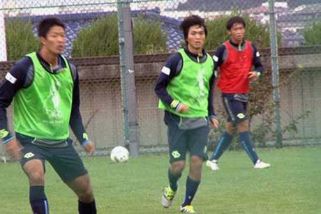 BongdaTV truc tiep tran Mito Hollyhock va Yokoham FC - Anh 1