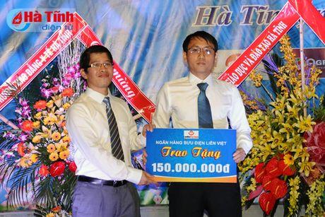 Gan 7.000 SV Dai hoc Ha Tinh buoc vao nam hoc 2016-2017 - Anh 10