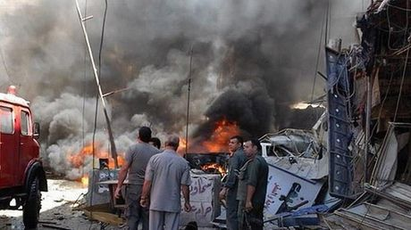 Danh bom xe gan bien gioi Syria - Tho Nhi Ky, gan 50 nguoi thuong vong - Anh 1