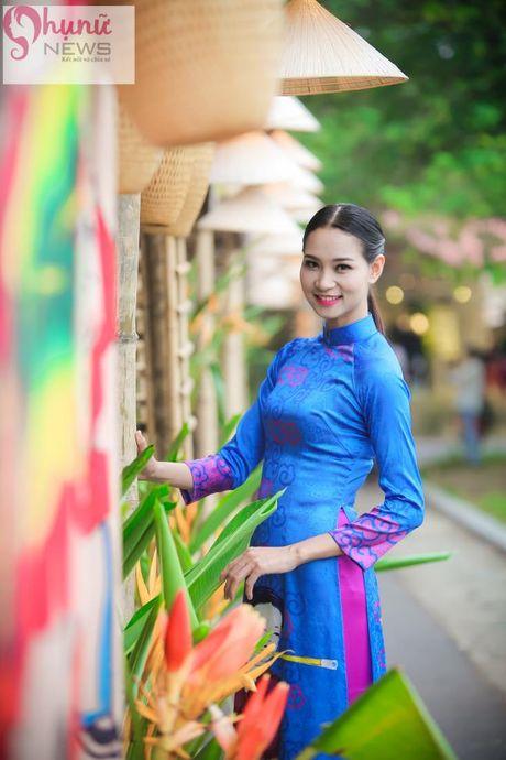 Ngoc Han thuot tha trong chiec ao dai tu thiet ke tai Festival Ao dai - Anh 12