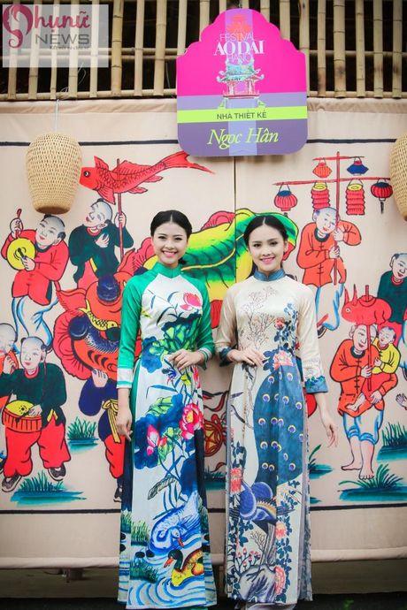 Ngoc Han thuot tha trong chiec ao dai tu thiet ke tai Festival Ao dai - Anh 10