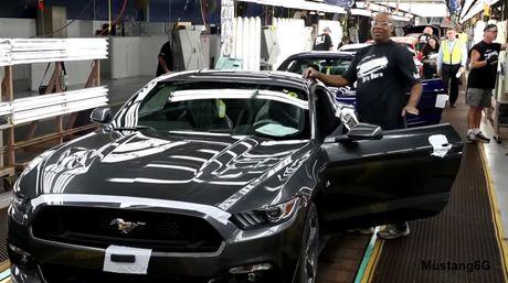 Ford dung san xuat xe co bap Mustang - Anh 2