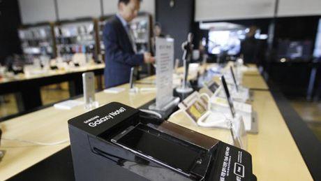 Nhieu nguoi dung khong chiu tra Galaxy Note 7 - Anh 1