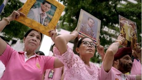 Quoc vuong Bhumibol: Vi Vua duoc yeu men nhat trong lich su Thai Lan - Anh 6