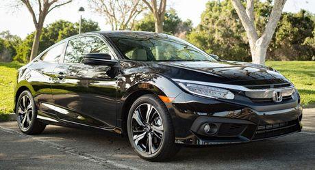 Honda trieu hoi 350.000 xe Civic 2016 vi loi phanh tay dien tu - Anh 1