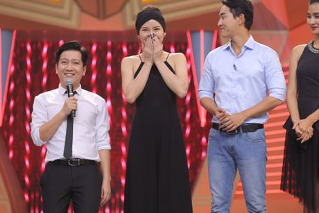 Truong Giang om chat Kim Tuyen trong game show - Anh 3
