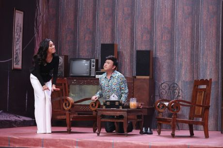 Truong Giang om chat Kim Tuyen trong game show - Anh 7