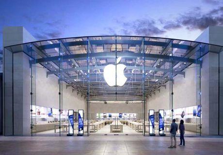 Nhan vien Apple Store bi duoi viec vi chup trom anh khach nu - Anh 1