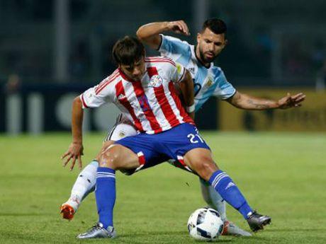 TIET LO: Messi cam Mauro Icardi len tuyen vi cuop vo ban? - Anh 1