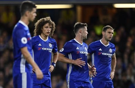 Abramovich dung sot ruot, Chelsea dang hoi sinh voi Conte - Anh 1