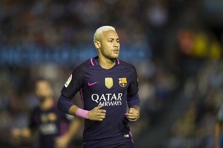 CR7 va Messi lot top 15 cau thu xuat sac nhat the gioi - Anh 14