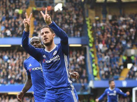 Costa, Hazard, Moses lap cong, bay cao an no hanh cua Chelsea - Anh 9