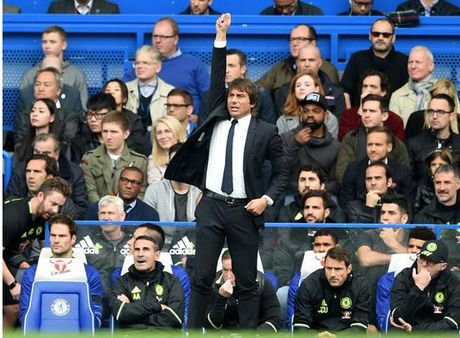 Thang dam Leicester, Conte hai long ve man trinh dien cua hoc tro - Anh 1