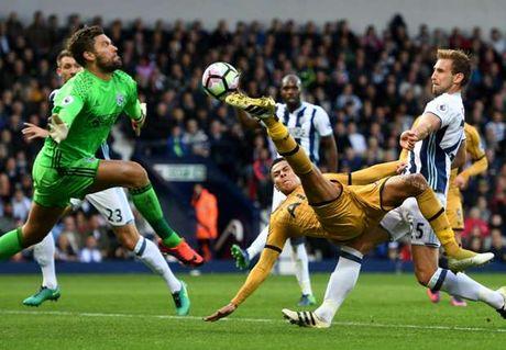 Dele Alli lap cong phut 89, Tottenham thoat thua truoc West Brom - Anh 1