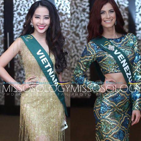 Nam Em lot top 10 nguoi dep sang gia cua Hoa hau Trai dat 2016 - Anh 3