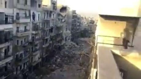 Syria: Phien quan chan hanh lang nhan dao o phia dong Aleppo - Anh 1