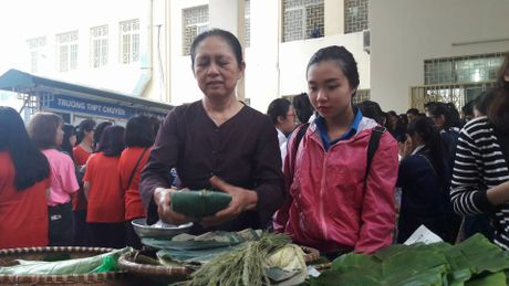 Hang ngan sinh vien tham gia hien mau tai Ha Noi - Anh 4
