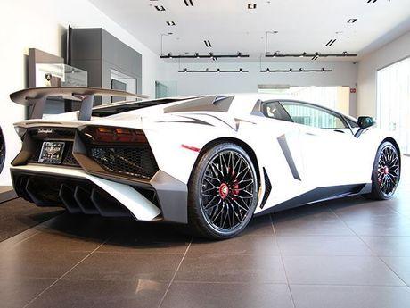 Lamborghini Aventador SV – xung danh 'chu bo tot' huy diet - Anh 1