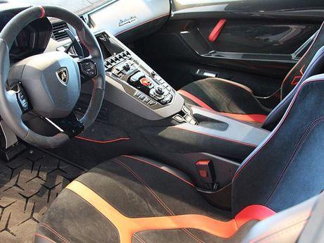 Lamborghini Aventador SV – xung danh 'chu bo tot' huy diet - Anh 3