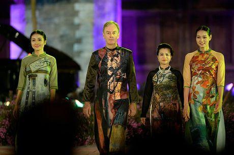 Festival Ao dai Ha Noi 2016: Lung linh sac mau truyen thong - Anh 5
