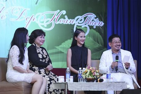Quan quan Vietnam's Next Top Model Huong Ly 'song dep' cung sinh vien - Anh 4