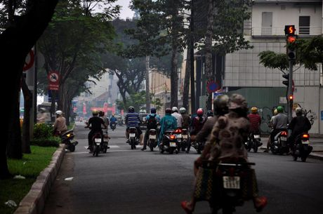 Suong mu o nhiem bao phu TP.Ho Chi Minh - Anh 10