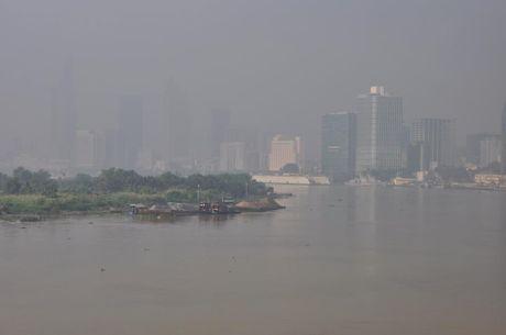 Suong mu o nhiem bao phu TP.Ho Chi Minh - Anh 2