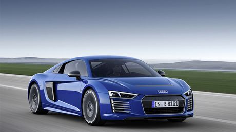 Audi chinh thuc khai tu mau xe dien R8 e-tron - Anh 2