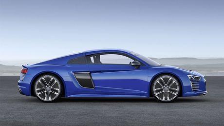 Audi chinh thuc khai tu mau xe dien R8 e-tron - Anh 3