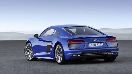 Audi chinh thuc khai tu mau xe dien R8 e-tron - Anh 4