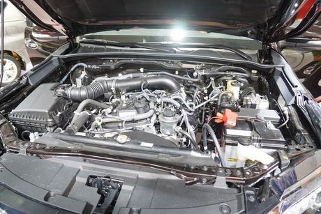 Toyota Fortuner the he moi ra mat thi truong Viet - Anh 10