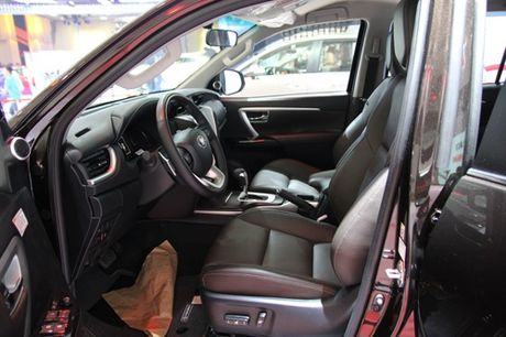 Toyota Fortuner the he moi ra mat thi truong Viet - Anh 7