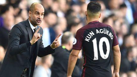'Song ngam' Man City: Aguero bat HLV Guardiola - Anh 1