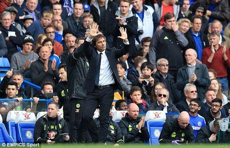 Chelsea vs Leicester City (3-0): HLV Conte xua may den - Anh 1