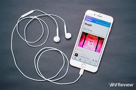 Danh gia chat am iPhone 7 Plus: bo 3.5mm, lan dau co chip am thanh khong day W1 - Anh 2