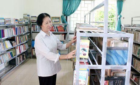 Chat vat ca luong va chat trong xay dung cac thiet che van hoa - Anh 1