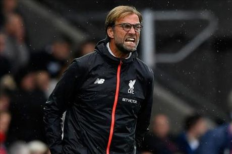 Klopp khong hai long ve lich thi dau Premier League - Anh 1