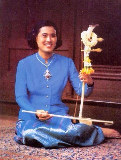 Nang 'Cong chua Thien than' khong mang vuong vi duoc nguoi dan Thai Lan het muc yeu kinh - Anh 4