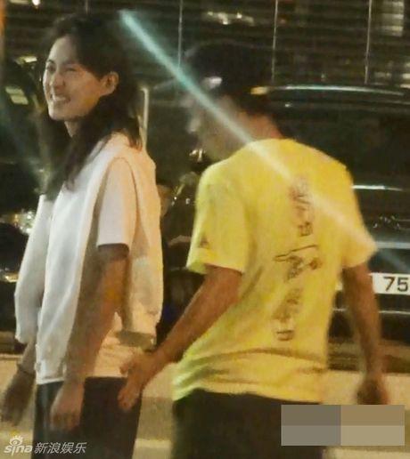 Tran Quan Hy va nguoi dep Victoria's Secret Tan Thu Boi sam to am trieu do tai Los Angeles - Anh 6
