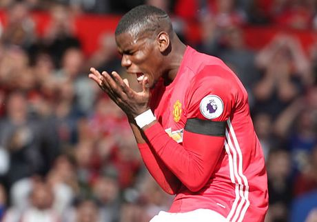 Paul Pogba chua the hay bang Henderson - Anh 1