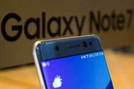 My truy to hinh su nguoi mang Samsung Note 7 len may bay - Anh 1