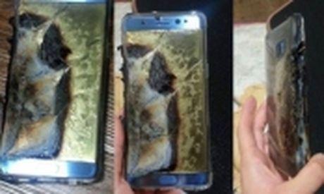 My truy to hinh su nguoi mang Samsung Note 7 len may bay - Anh 2