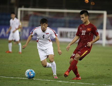 Chum anh: U19 Viet Nam 'tao dia chan' khi danh bai a quan giai chau A - Anh 1