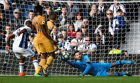 Sao tre 20 tuoi giai cuu Tottenham phut cuoi - Anh 2