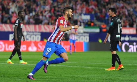 Huy diet Granada, Atletico Madrid giu vung ngoi dau bang - Anh 1