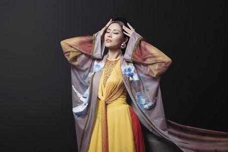 Ngam trang phuc dan toc cua Nguyen Loan tai Miss Grand International - Anh 1