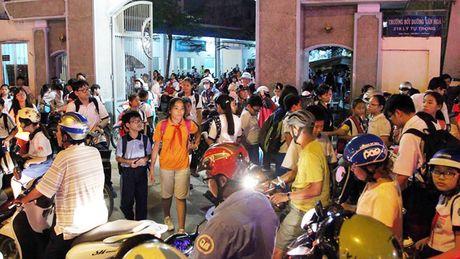 TP.HCM cho phep day them: Nay cam, mai cho, mot the nao? - Anh 1